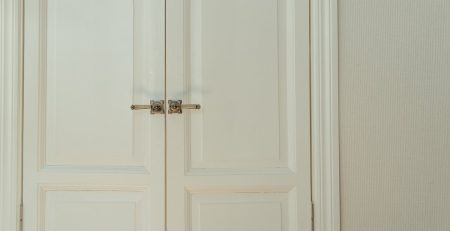 white-wooden-door-with-silver-door-lever-4568705